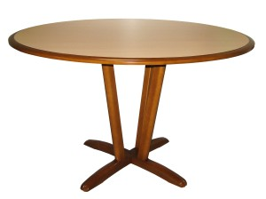 table_ronde_pi_tement_central_bois